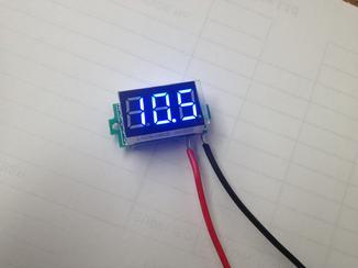 PM5555-01 - 3 DIGIT BLUE LED PANEL METER POWER 3-30V - READ UP